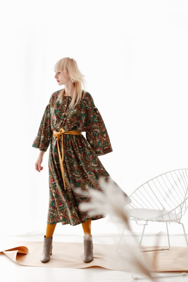 Sukienka boho zaprojektowana przez Syla Malina